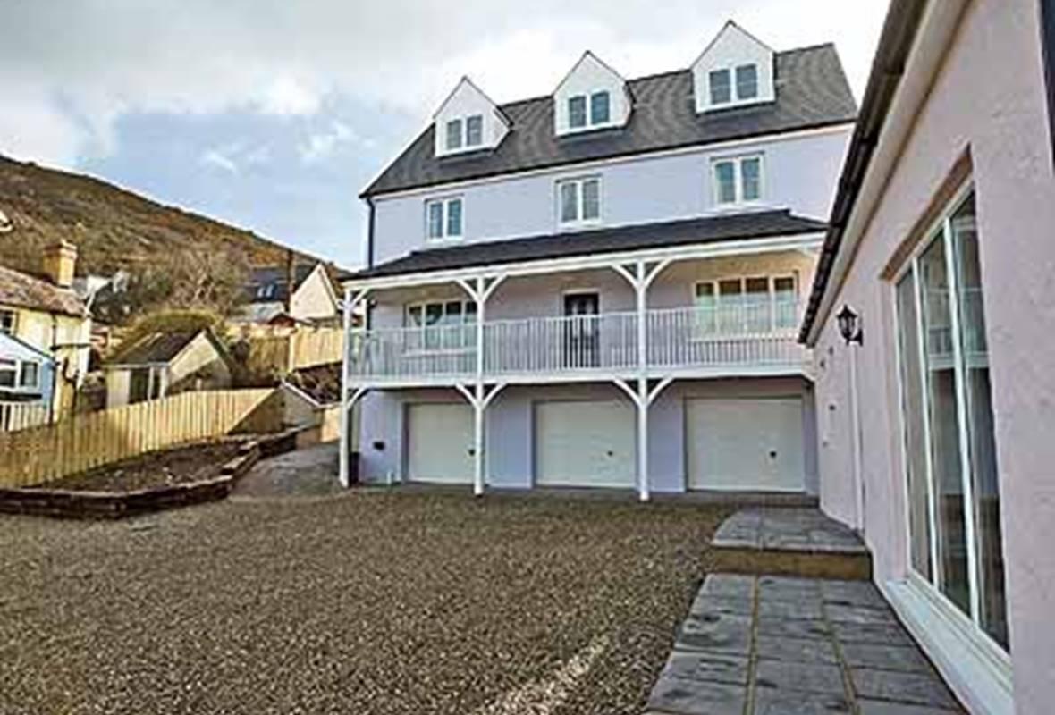 Golygfa Mor - 4 Star Holiday Home - Tresaith, Pembrokeshire, Wales