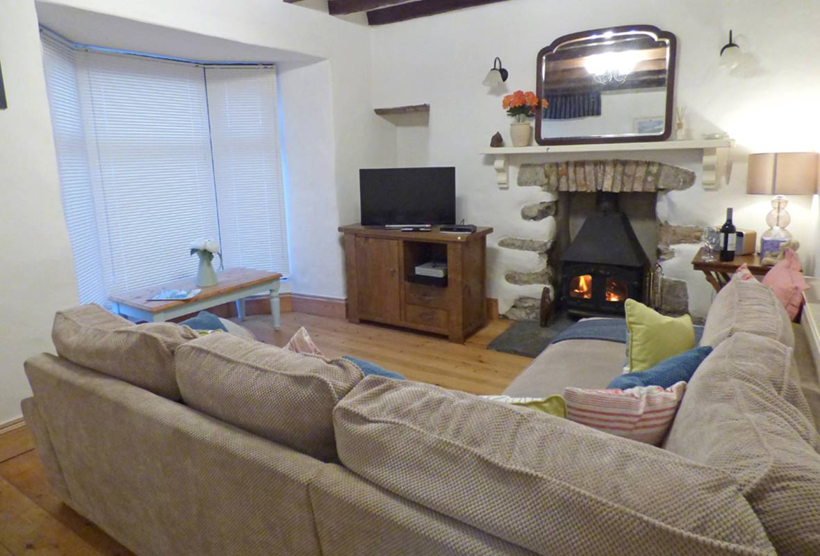 90 Main Street - 3 Star Holiday Cottage - Pembroke, Pembrokeshire, Wales
