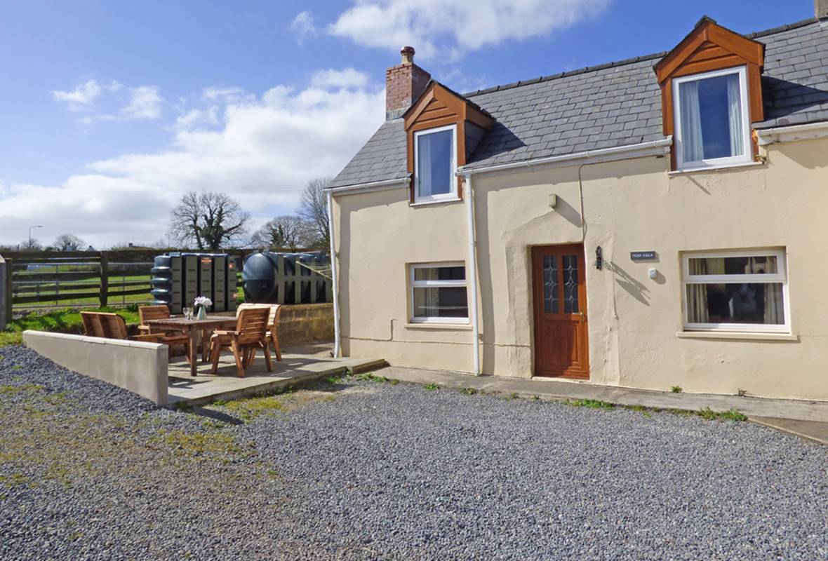 Fern Villa - 3 Star Holiday Cottage - Nr Amroth, Pembrokeshire, Wales
