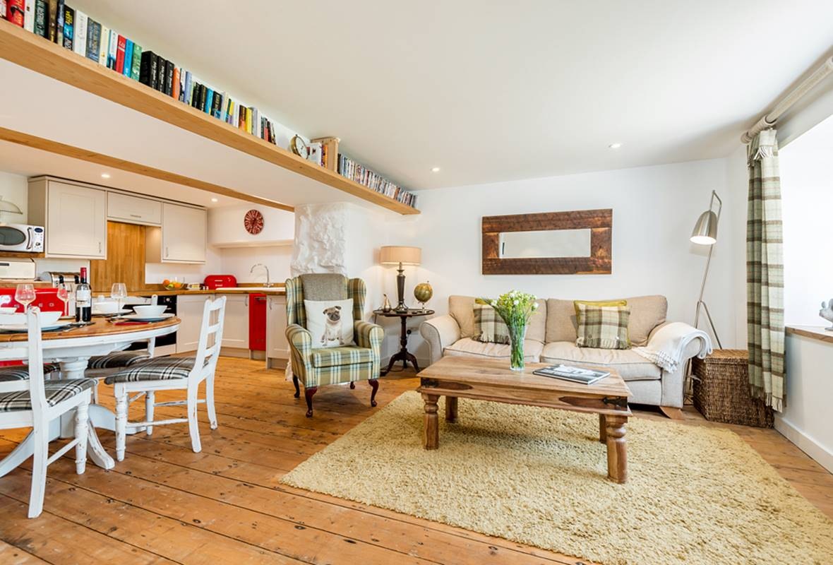 The Cwtch - 5 Star Holiday Cottage - Penally, Pembrokeshire, Wales