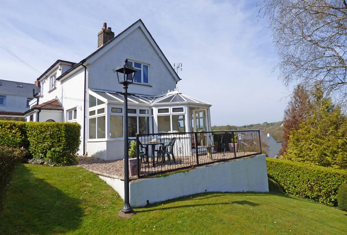 Four Oaks - 4 Star Holiday Home - Saundersfoot, Pembrokeshire, Wales