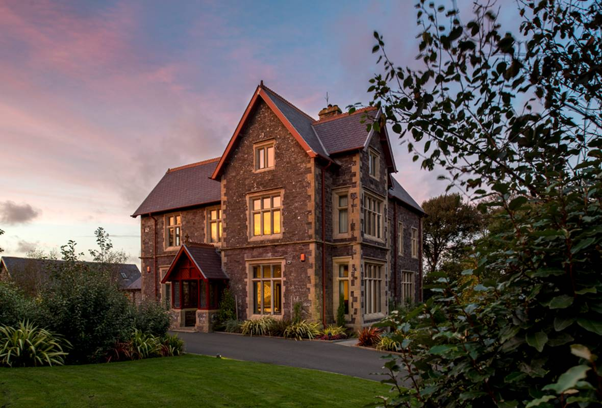Penrhiw Priory - 5 Star Holiday Cottage - St Davids, Pembrokeshire, Wales