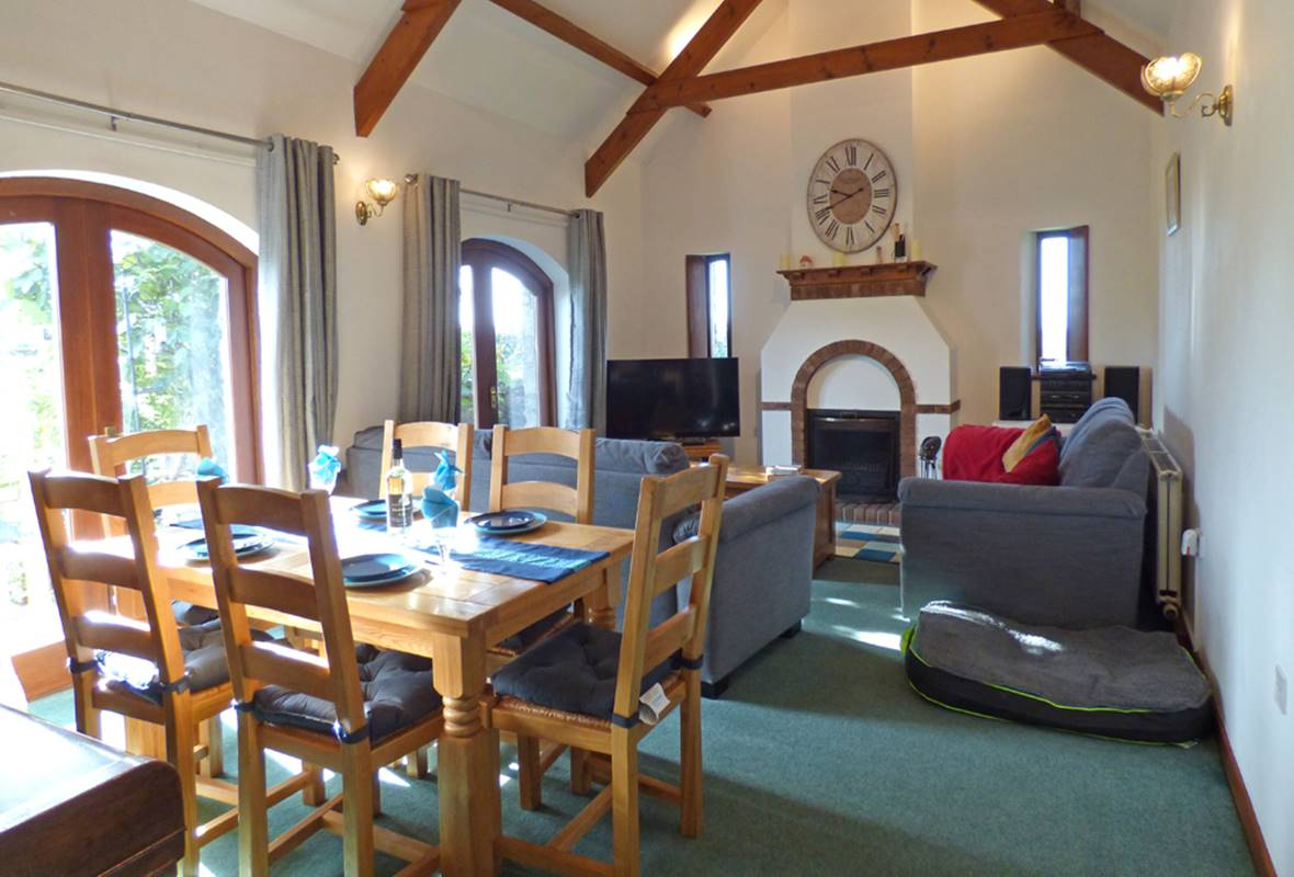 Glom Farm Cottage - 4 Star Holiday Cottage - Milton, Near Tenby, Pembrokeshire, Wales