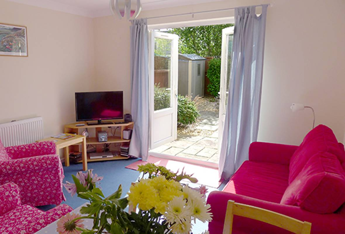 Ty Melyn - 4 Star Holiday Home - Fishguard, Pembrokeshire, Wales