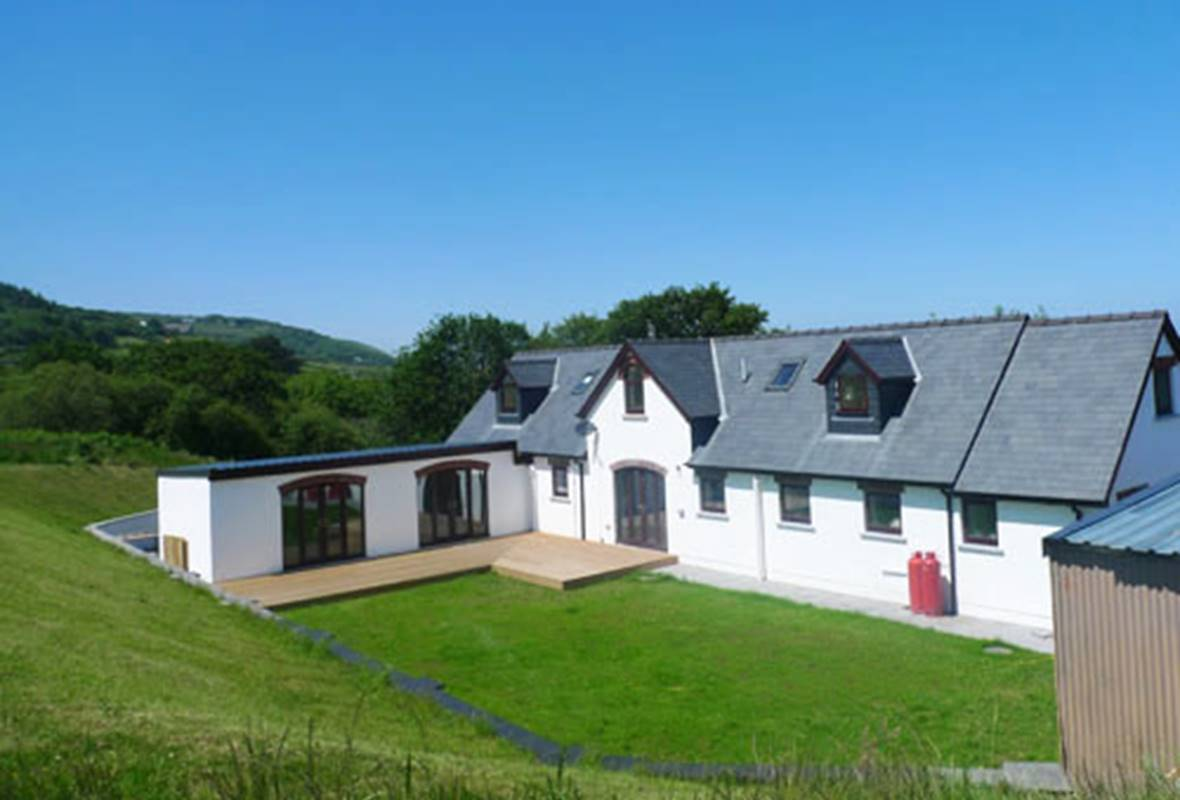 The Alders - 5 Star holiday property - Poppit Sands, Pembrokeshire, Wales