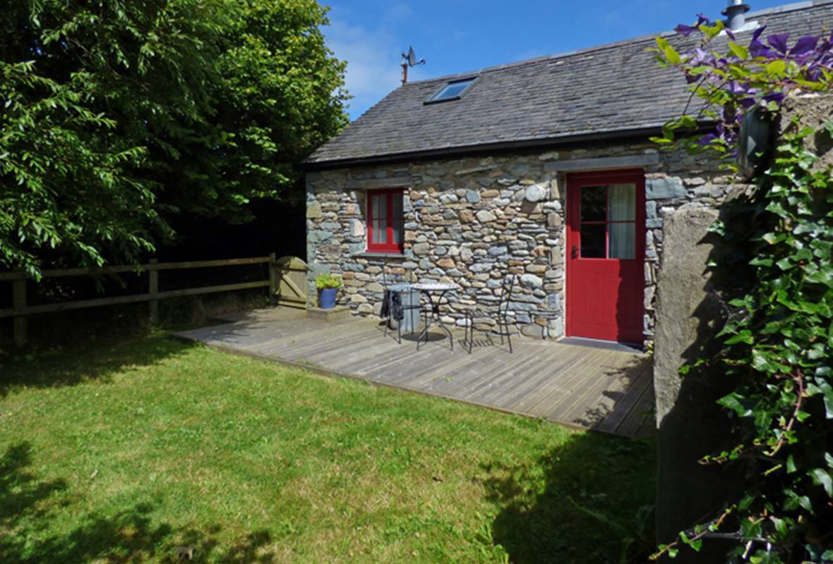 Seal Cottage - 3 Star Holiday Home - Aberfforest Beach, Newport, Pembrokeshire, Wales