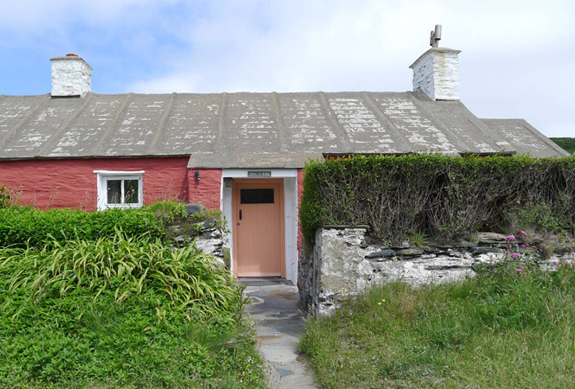 Swn y Mor - 3 Star Holiday Cottage - Abereiddy, Pembrokeshire, Wales