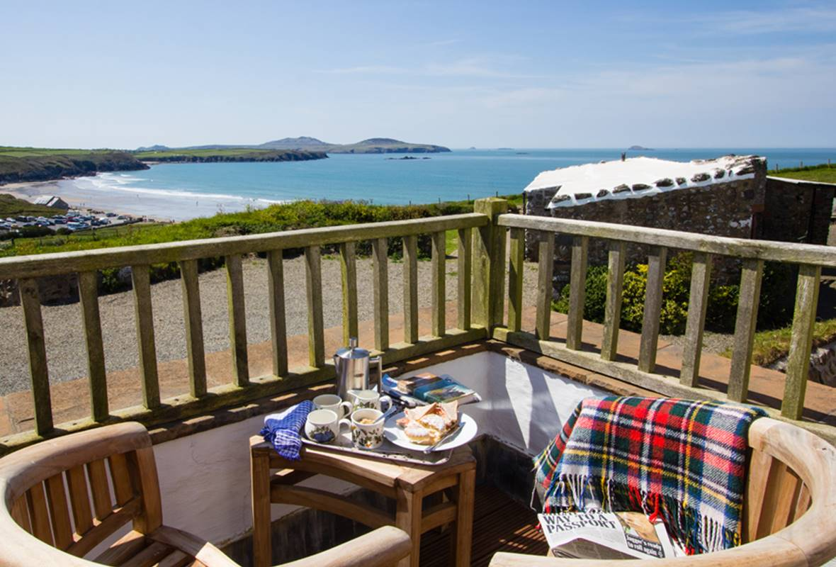 Craig yr Haul - 4 Star Holiday Cottage - Whitesands Bay, Pembrokeshire, Wales