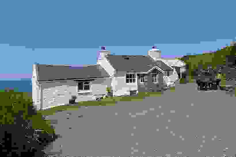 Penrhyn Strumble Head 2 Star Holiday Cottage In