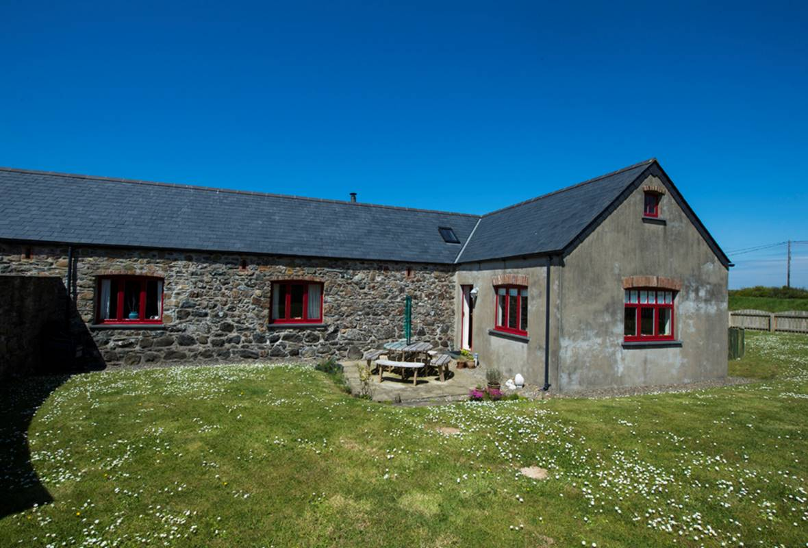 Swallows Rest - 5 Star Holiday Home - Croesgoch, Pembrokeshire, Wales