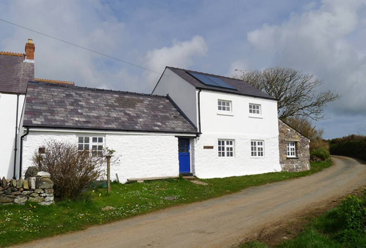 The Barn - 3 Star Holiday Cottage - Trelerw, St Davids, Pembrokeshire, Wales