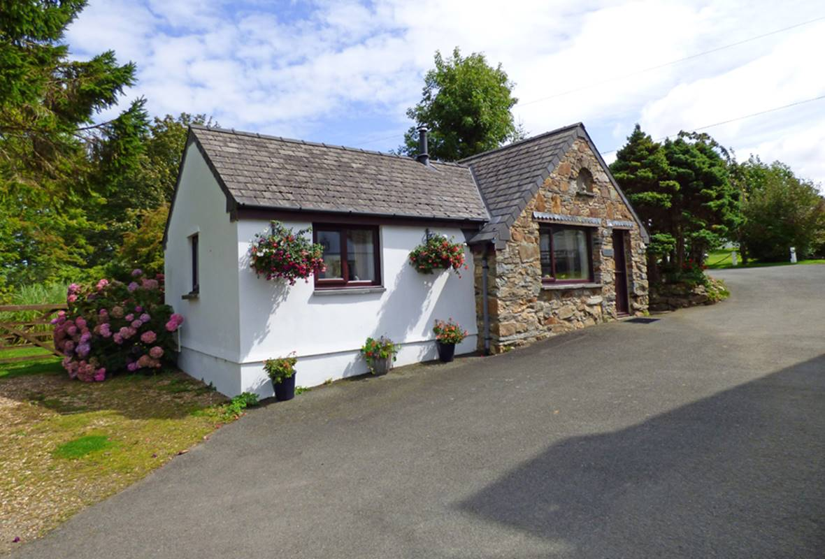 Old Chapel Cottage - 4 Star Holiday Cottage - Dinas, Pembrokeshire, Wales