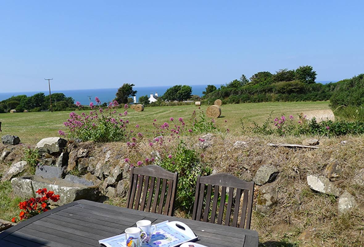 Penmynydd Cottage - 4 Star Holiday property - Llanrhian, Pembrokeshire, Wales