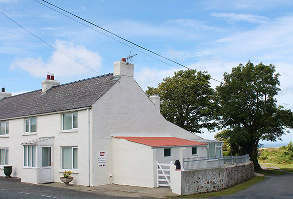 Rose Cottage - 4 Star Holiday Cottage - Square and Compass, Pembrokeshire, Wales