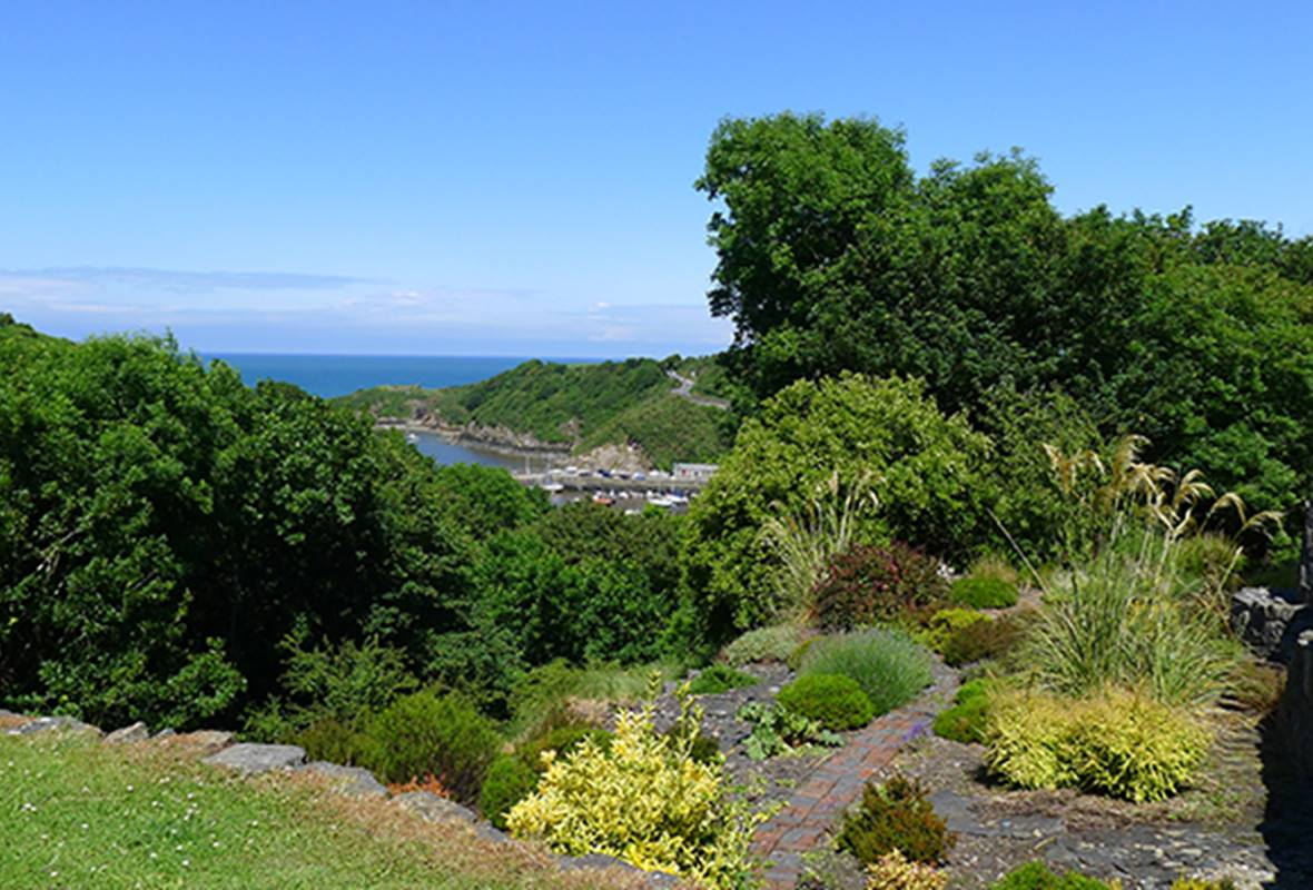 Lower Coach House - 3 Star Holiday Home - Fishguard, Pembrokeshire, Wales