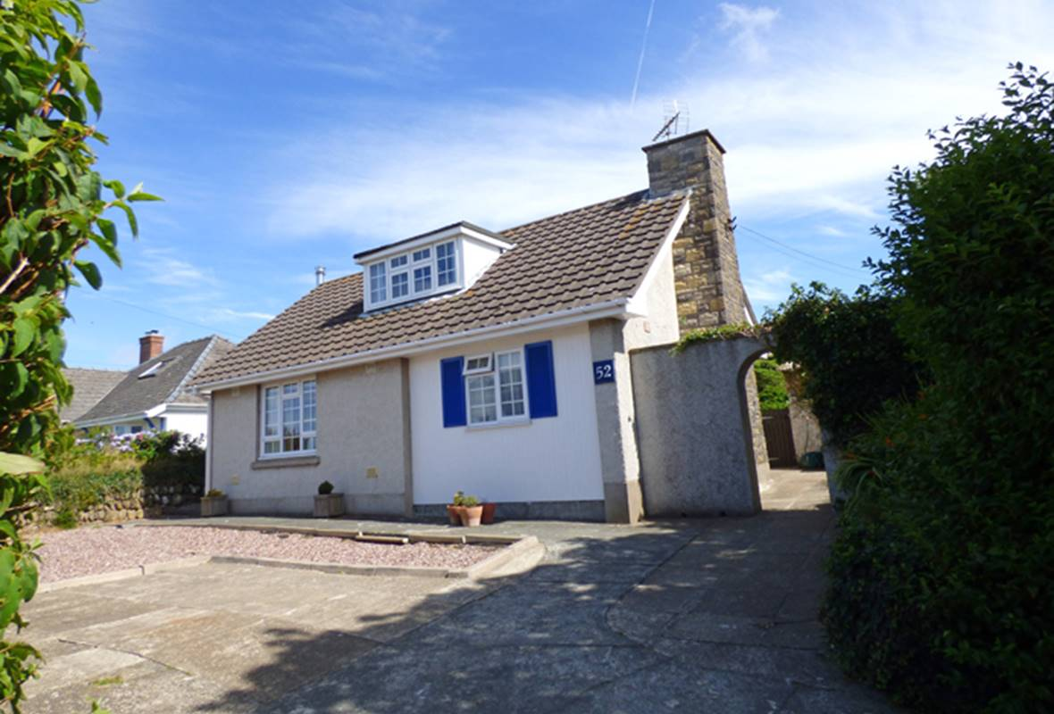 Gwyndy Bach - 4 Star Holiday Home - St Davids, Pembrokeshire, Wales