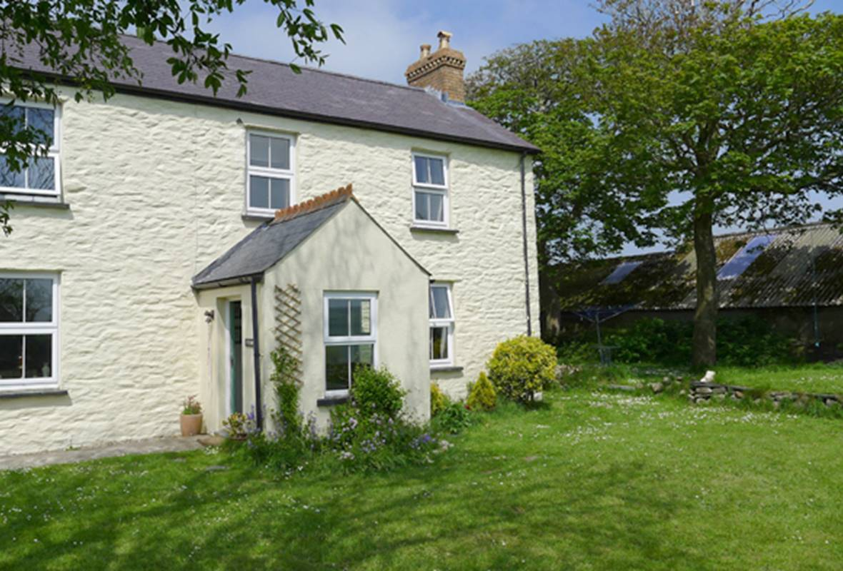 Ty Isaf - 4 Star Holiday cottage - Mathry, Pembrokeshire, Wales