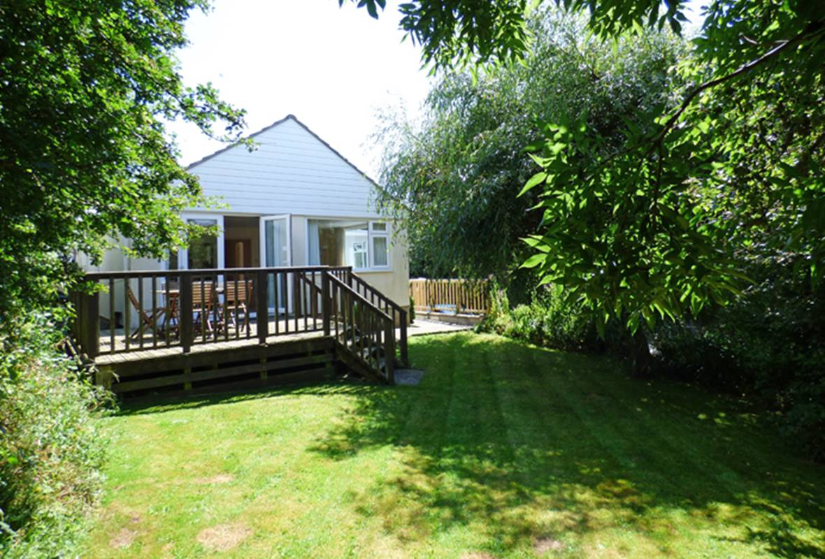 Avalon - 3 Star Holiday Home - Nolton Haven, Pembrokeshire, Wales