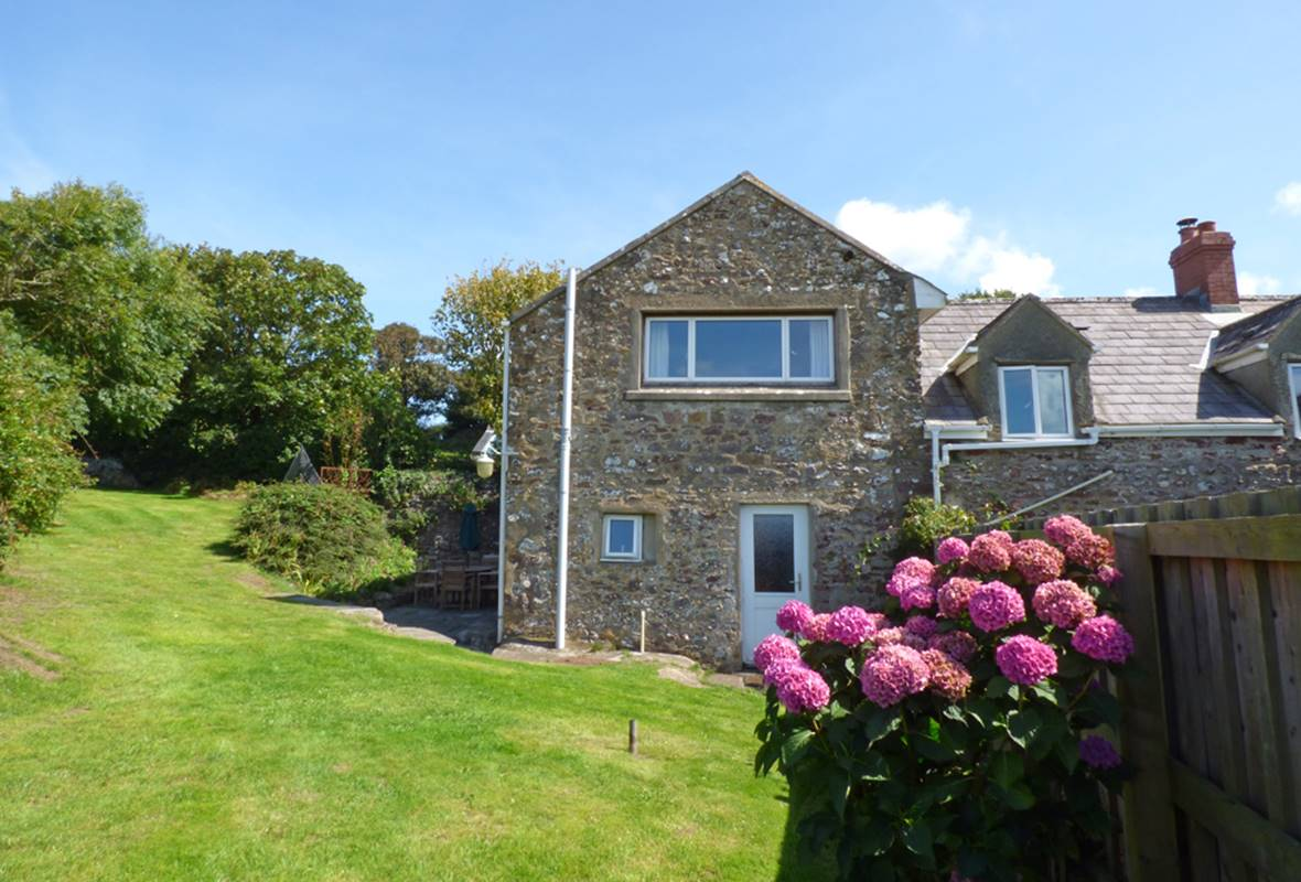 Smithies Cottage - 5 Star Holiday Cottage - Orlandon, Nr St Brides Beach, Pembrokeshire, Wales