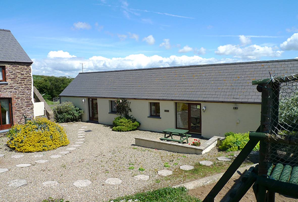 Drovers Cottage - 4 Star Holiday Cottage - Nr St Brides, Pembrokeshire, Wales