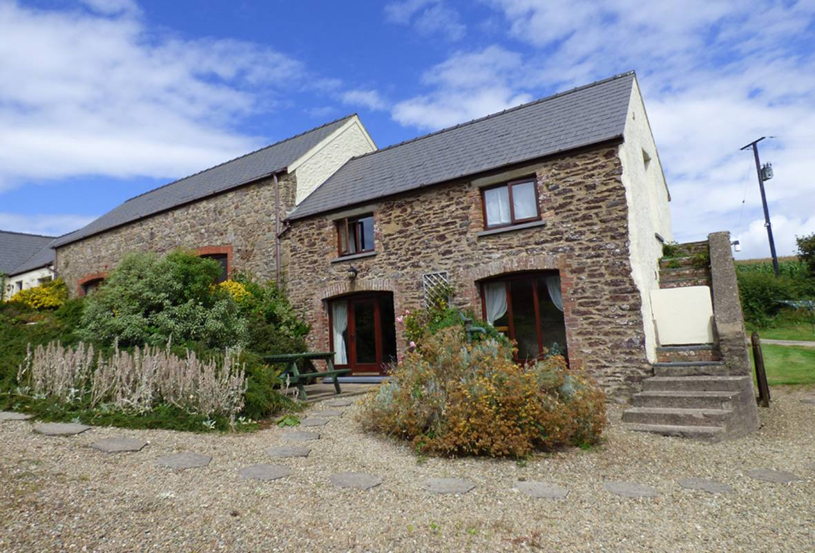 Coachmans Cottage - 4 Star Holiday Cottage - Nr St Brides, Pembrokeshire, Wales