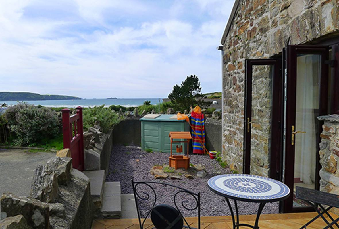 The Granary Millmoor - 4 Star Holiday Cottage - Broad Haven, Pembrokeshire, Wales