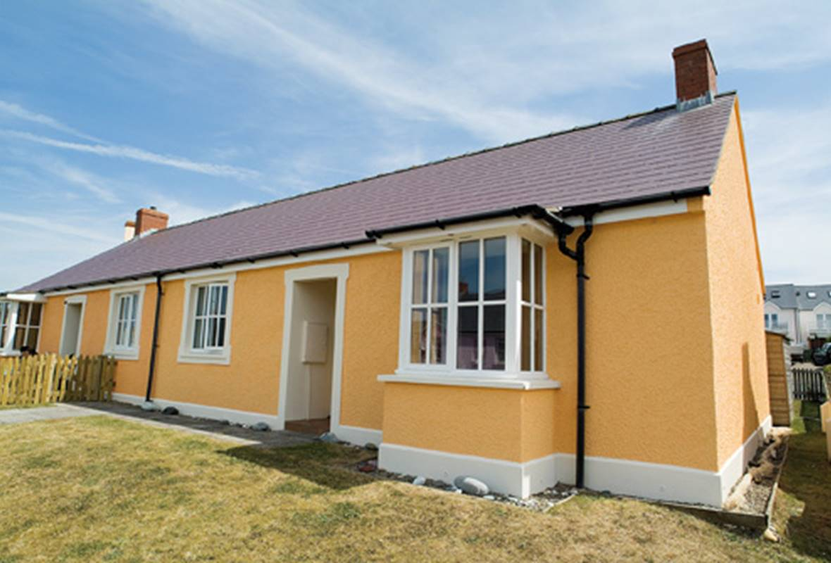 Gorse Cottage - 4 Star Holiday Cottage - Broad Haven, Pembrokeshire, Wales