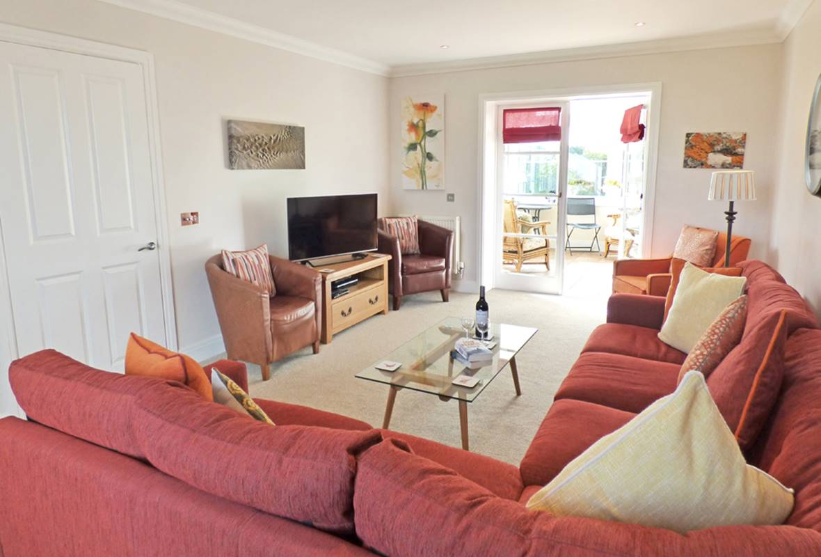 Sleekstone - 4 Star Holiday Home - Broad Haven, Pembrokeshire, Wales