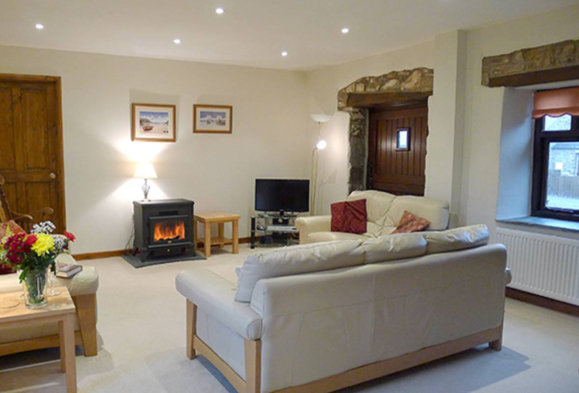 Curlew Cottage - 4 Star Holiday Cottage - Camrose, Pembrokeshire, Wales