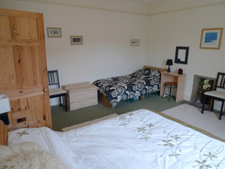 Glen Holme Little Haven 3 Star Holiday Apartment In Pembrokeshire