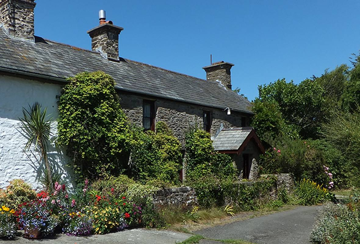 Williamston Farmhouse - 4 Star Holiday Property - Nr Broad Haven, Pembrokeshire, Wales