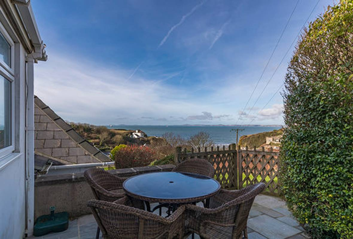 Heddfan - 4 Star Holiday Home - Little Haven, Pembrokeshire, Wales