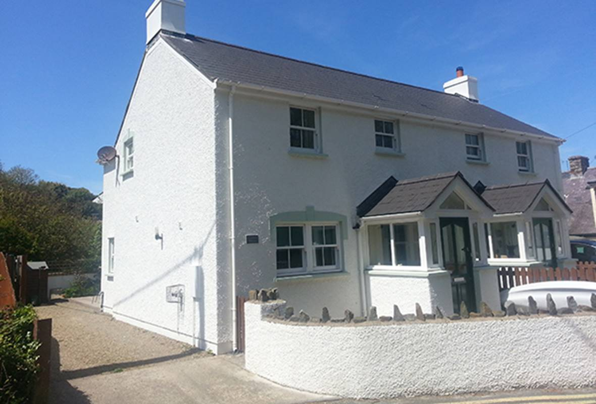 Gannet House - 4 Star Holiday Home - Little Haven, Pembrokeshire, Wales