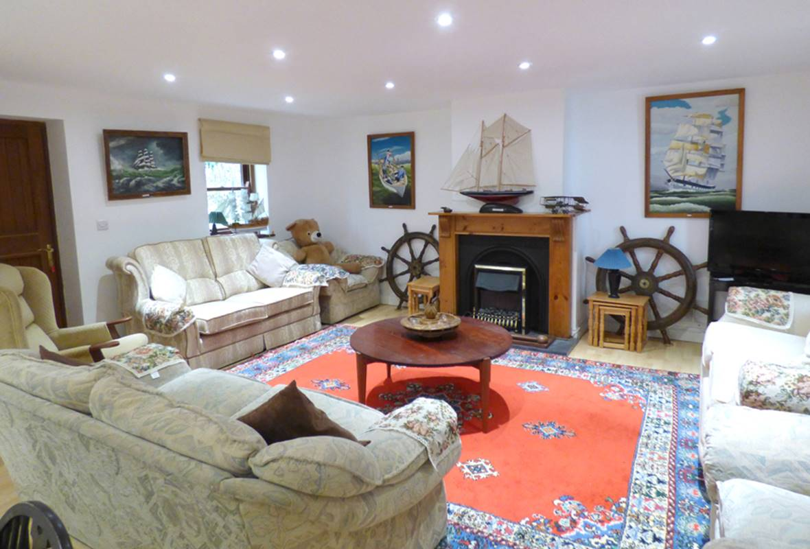 The Anchorage - 3 Star Holiday Home - Sandy Haven, Pembrokeshire, Wales