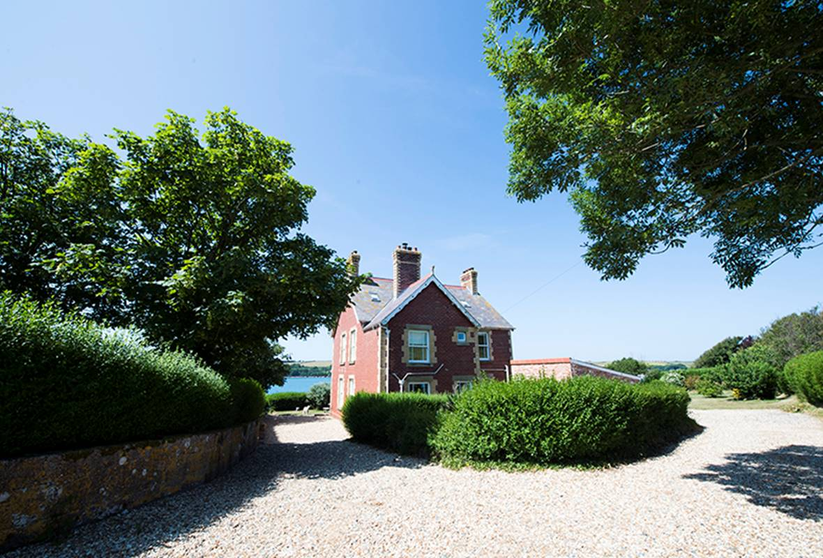 Musselwick House - 4 Star holiday property - St Ishmaels, Pembrokeshire, Wales