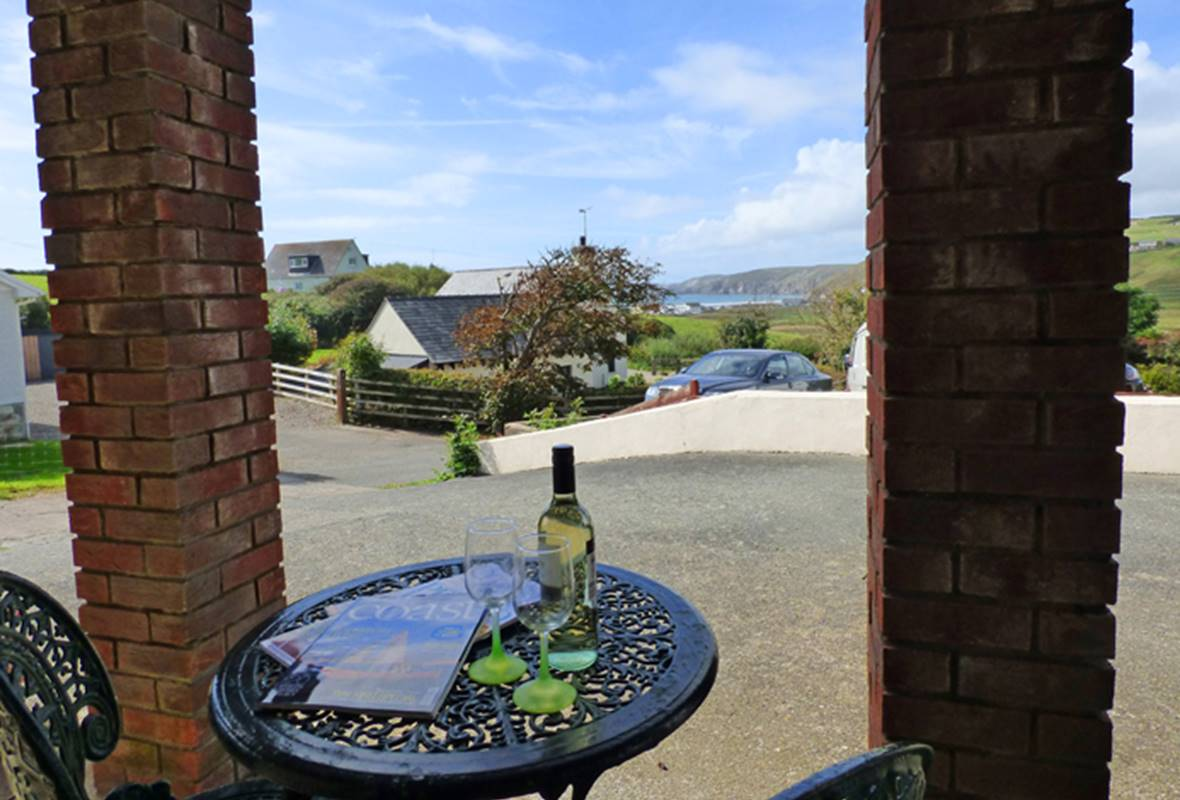 The Gazebo - 3 Star Holiday Home - Newgale, Pembrokeshire, Wales
