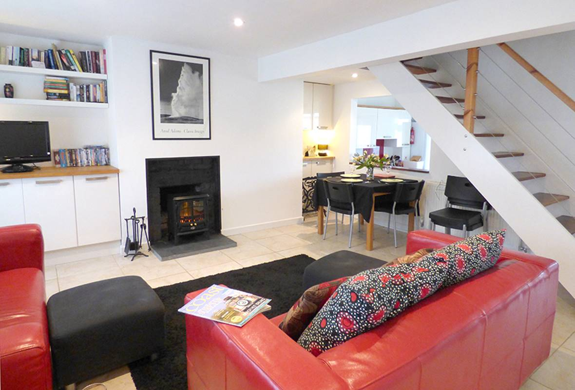 Cariad y Mor - 4 Star Holiday Home - Broad Haven, Pembrokeshire, Wales