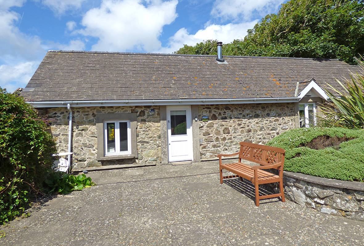 Picture Cottage - 4 Star Holiday Home - Llanunwas, Solva, Pembrokeshire, Wales