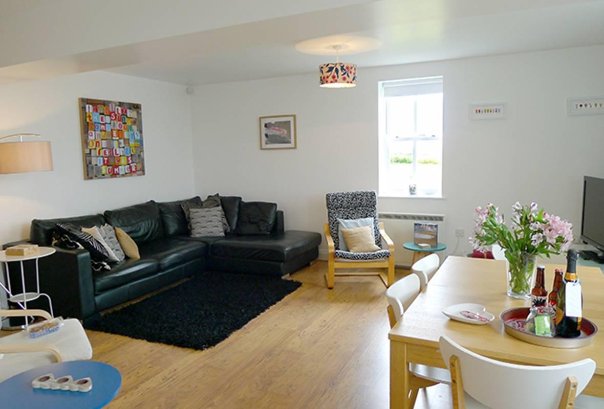 Ramsey View - 4 Star Holiday property - Llanunwas, Solva, Pembrokeshire, Wales