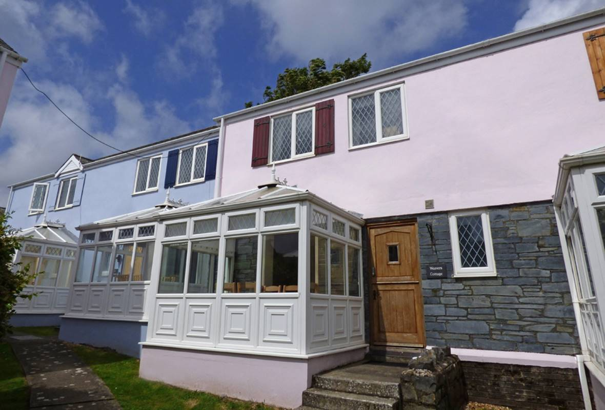 Weavers Cottage - 4 Star Holiday Cottage - Ivy Tower Village, St Florence, Pembrokeshire, Wales