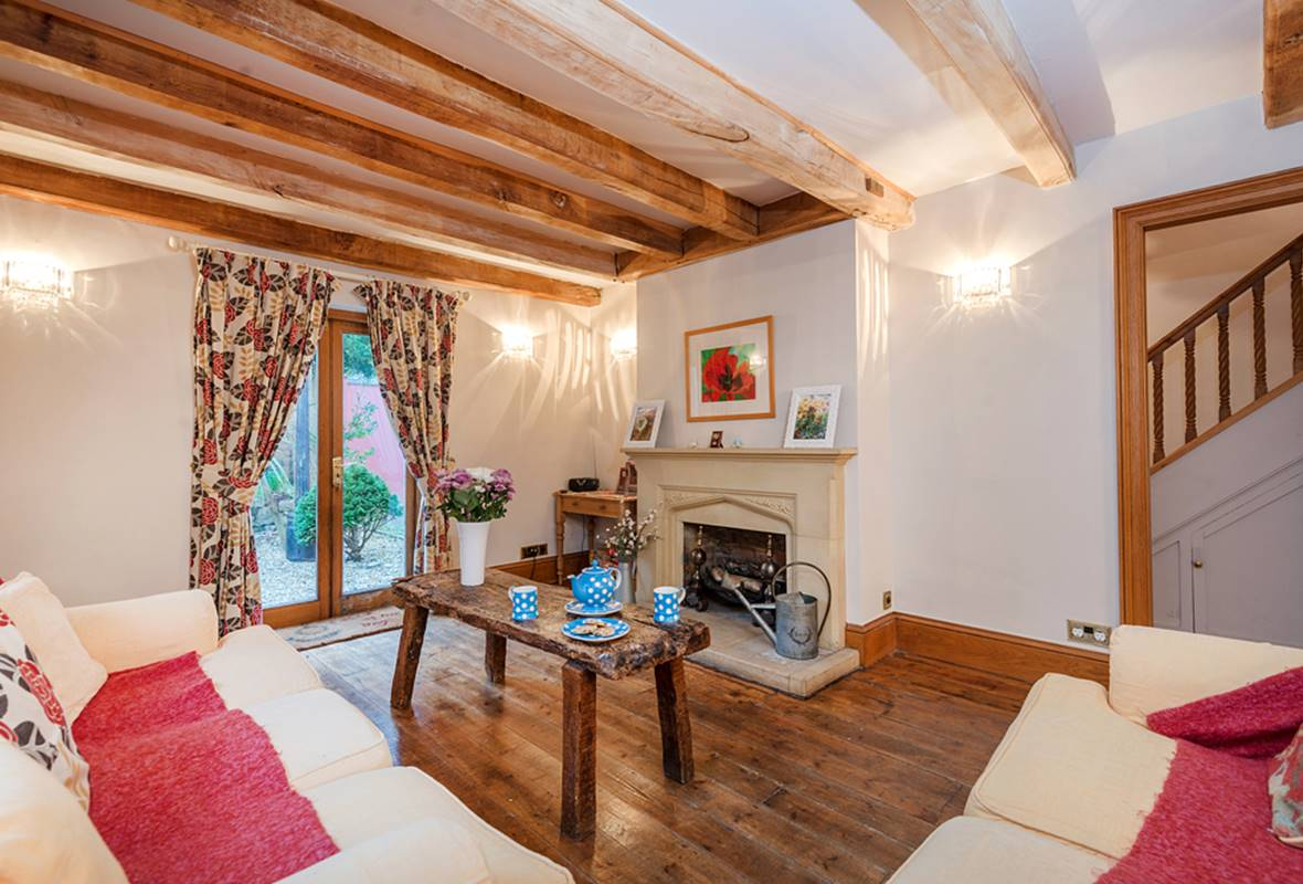 Wall Cottage - 5 Star Holiday Cottage - Tenby, Pembrokeshire, Wales