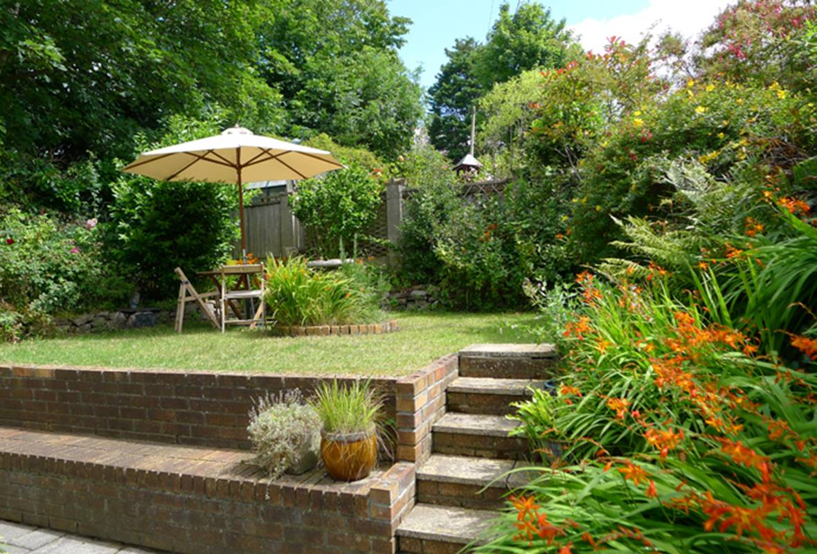 Swiss Cottage - 4 Star Holiday Cottage - Tenby, Pembrokeshire, Wales