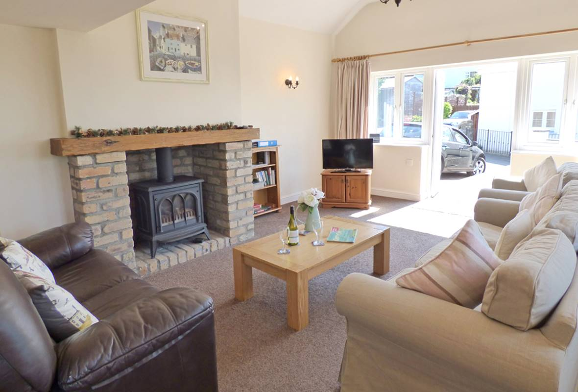 Little Mead - 4 Star Holiday Cottage - Amroth, Pembrokeshire, Wales