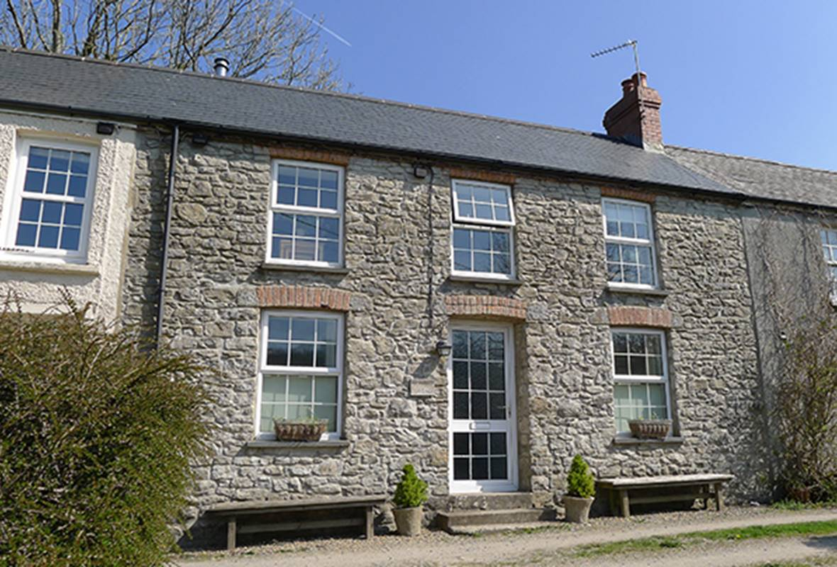 Weavers Cottage - 4 Star Holiday Property - Llanmill, Nr Narberth, Pembrokeshire, Wales