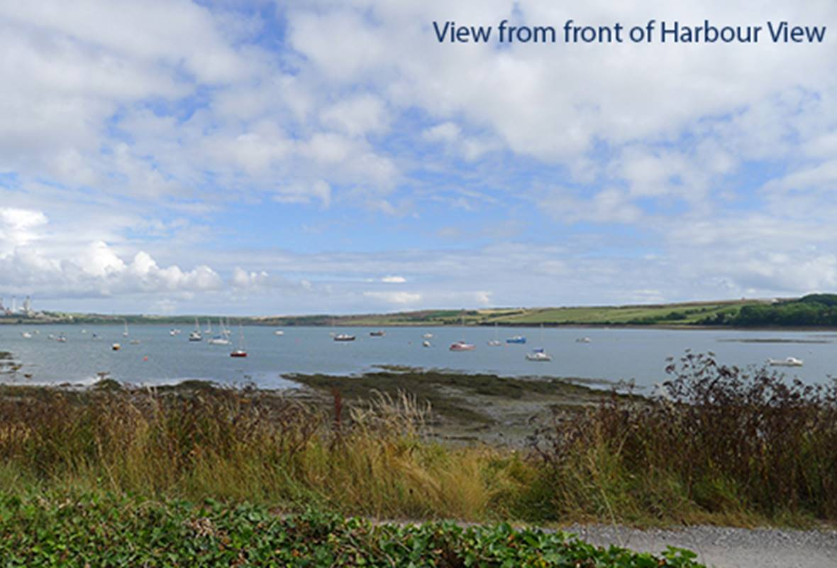 Harbour View - 3 Star Holiday home - Angle, Pembrokeshire, Wales