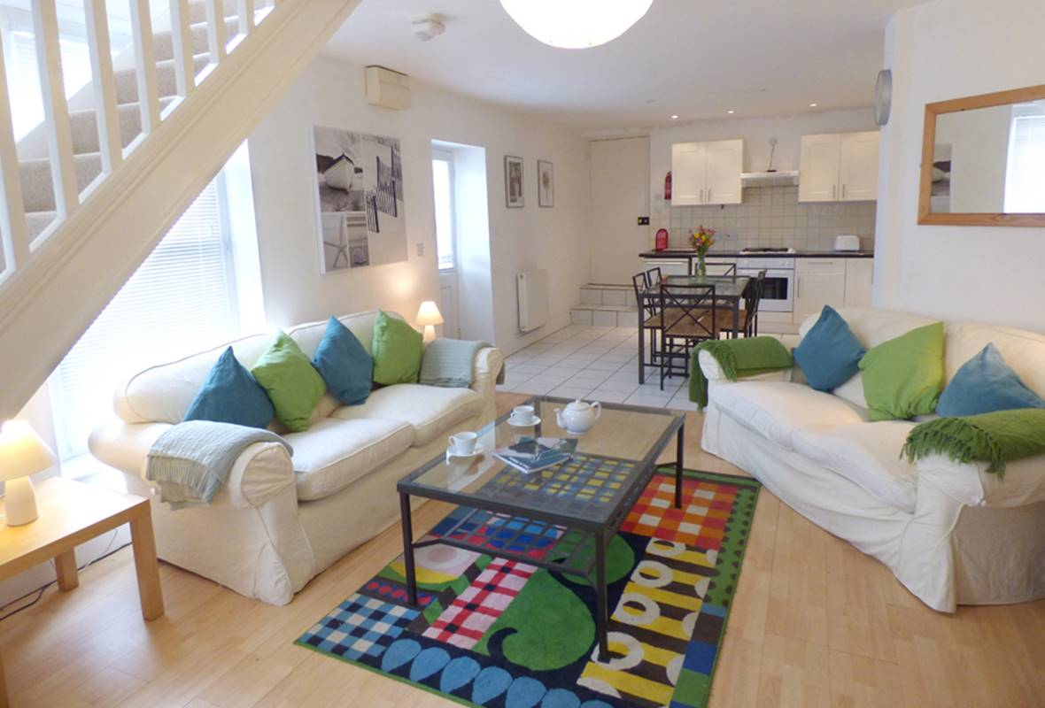 The Nook - 4 Star Holiday Cottage - Manorbier, Pembrokeshire, Wales