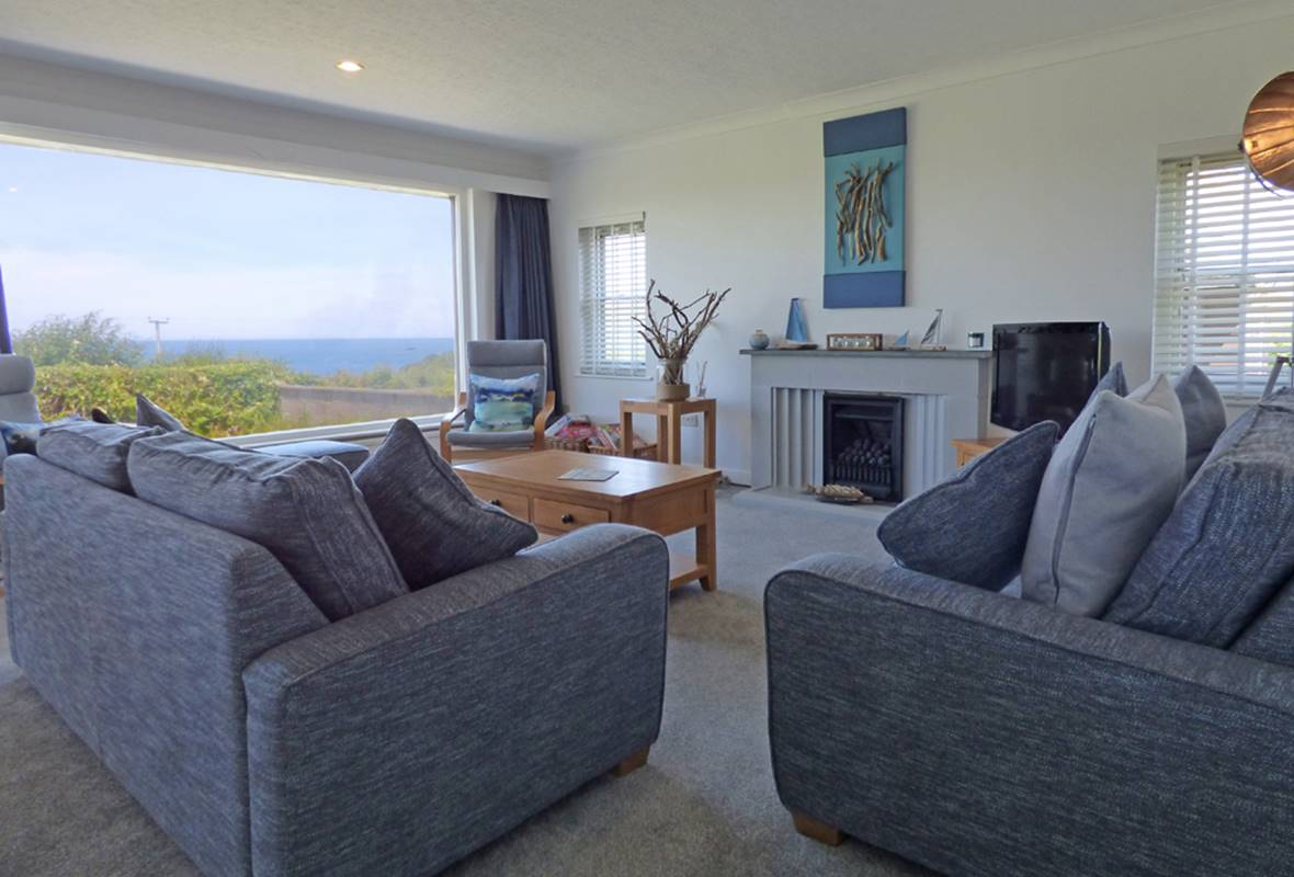 Penmor - 4 Star Holiday Home - Newport, Pembrokeshire, Wales