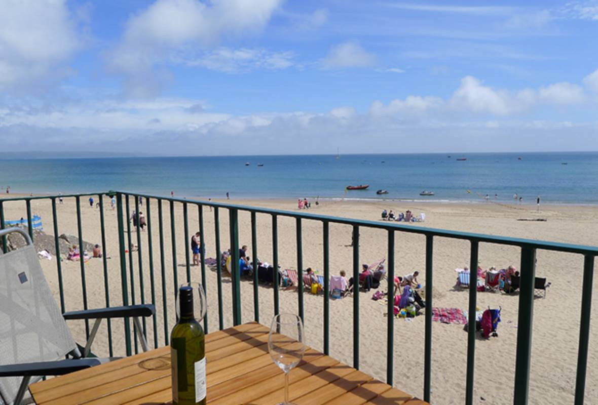 1 Sunnycove - 4 Star holiday property - Tenby, Pembrokeshire, Wales