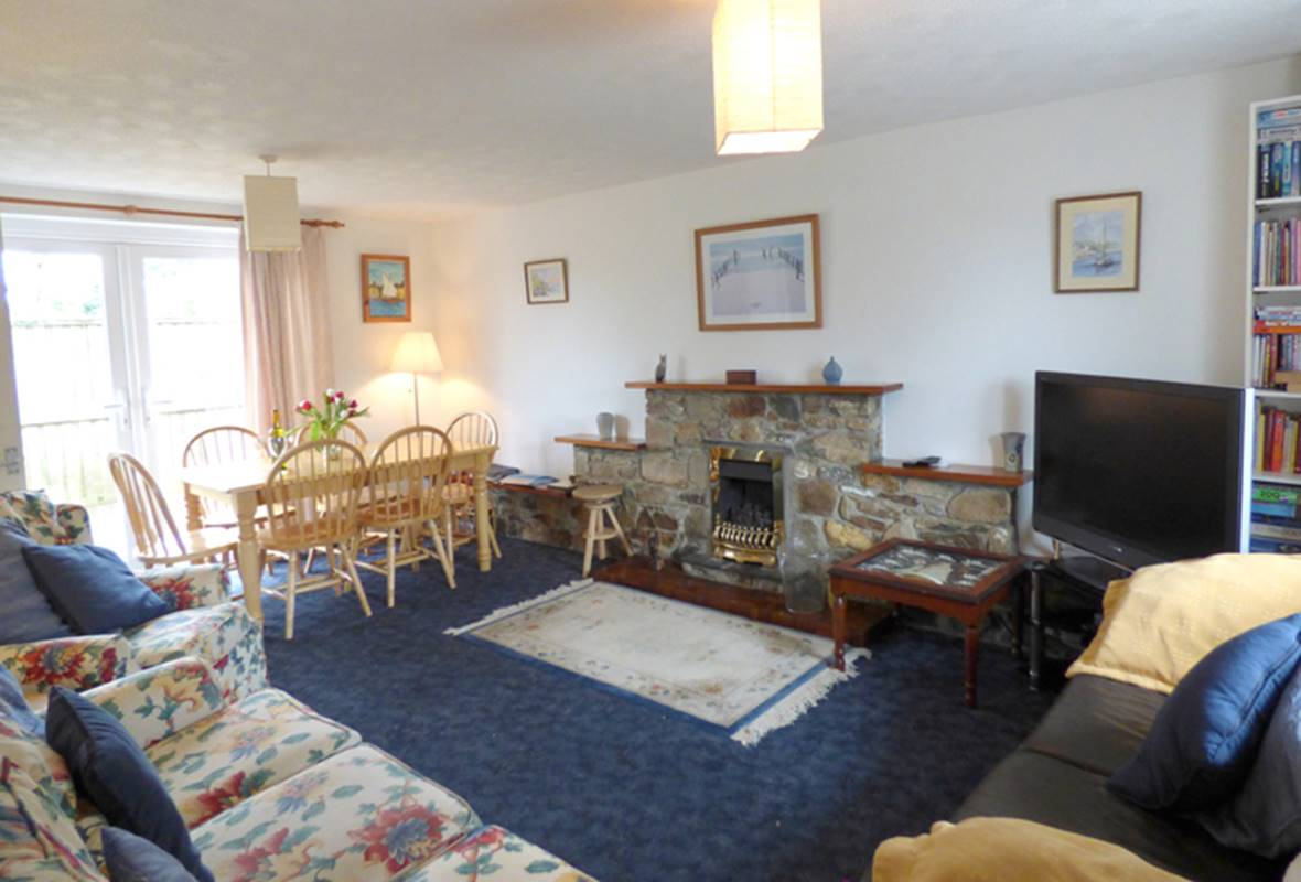 Tyr Winllan - 4 Star Holiday Home - Newport, Pembrokeshire, Wales