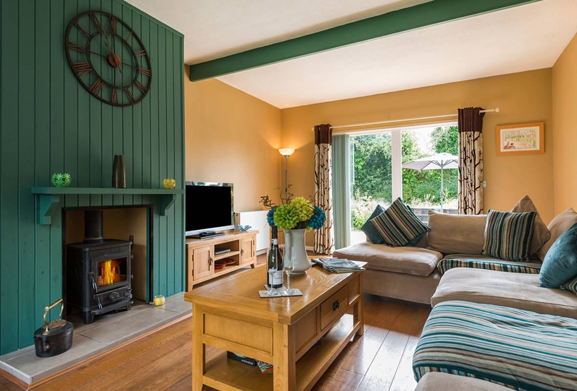 The Retreat - 5 Star Holiday Cottage - Lamphey, Near Freshwater East, Pembrokeshire, Wales